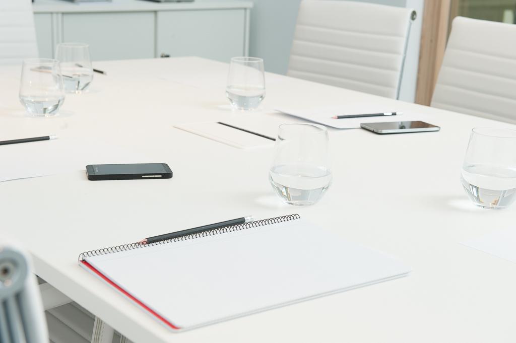Alquiler de salas de reuniones para reuniones o conferencias