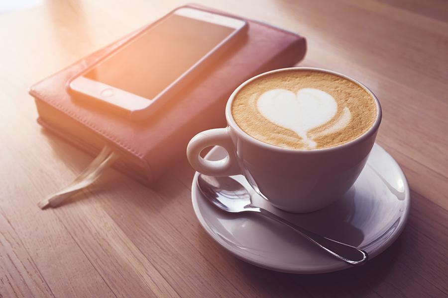 Top 5 bebidas para máquinas de café de oficina