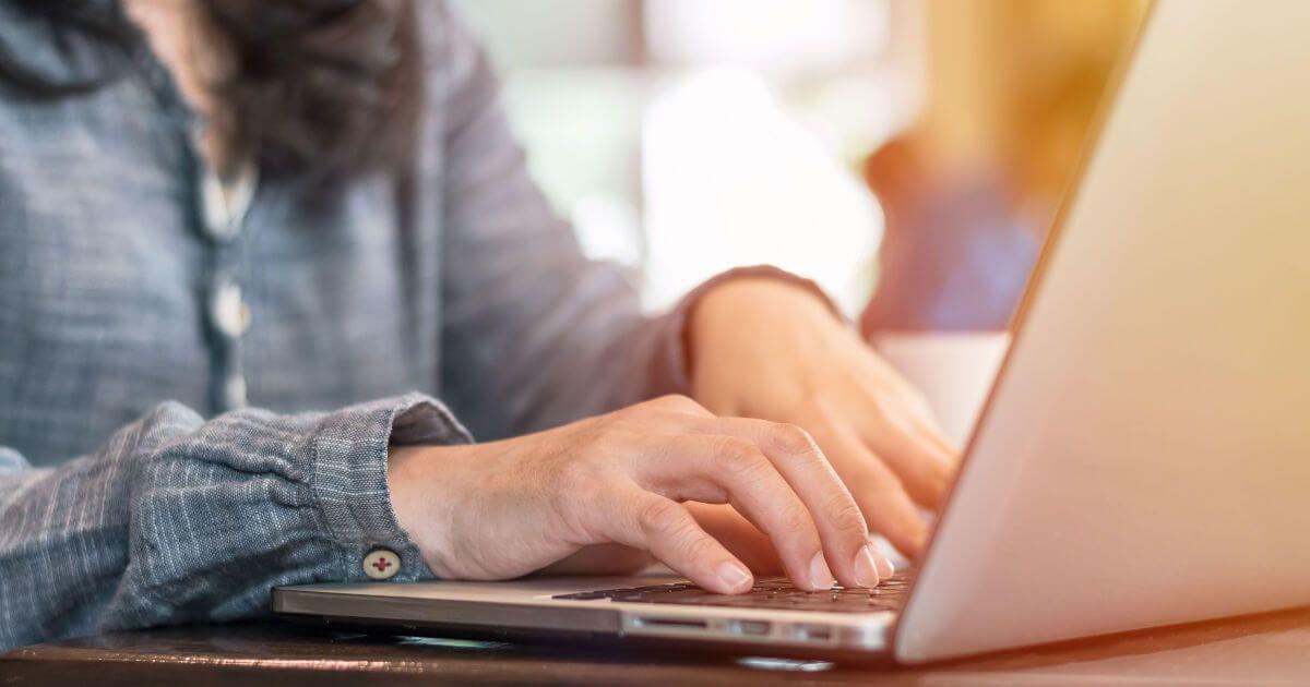 Fórmulas para redactar emails