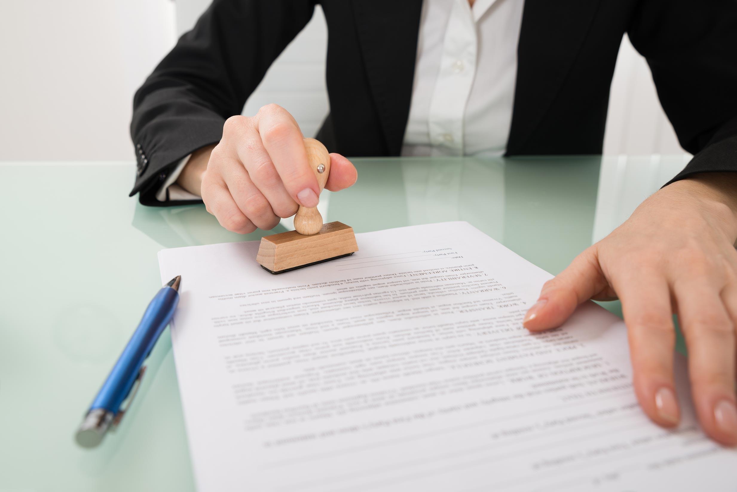 Requisitos legales y administrativos para crear una empresa