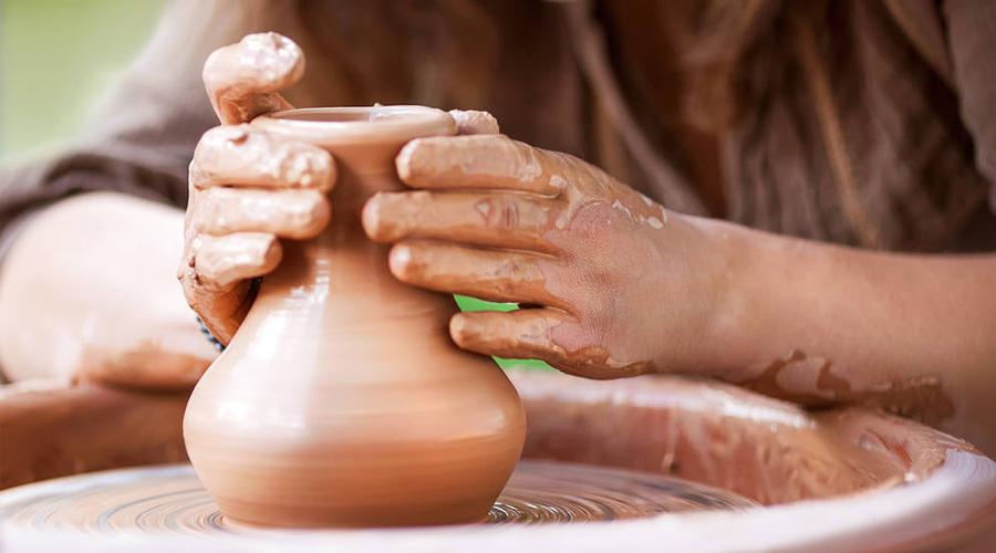 Beneficios de los talleres de cerámica para adultos