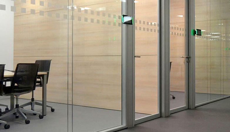 mamparas separadoras oficinas